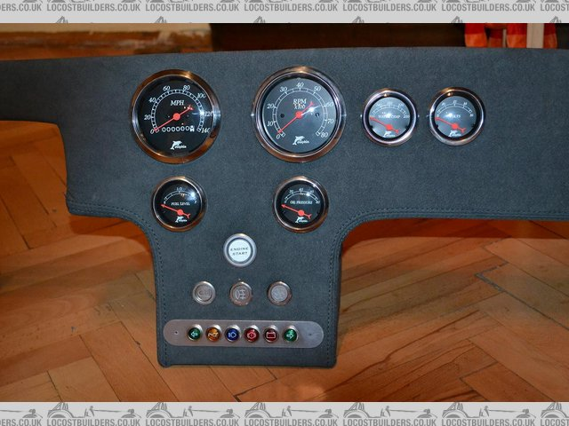Dashboard with instruments