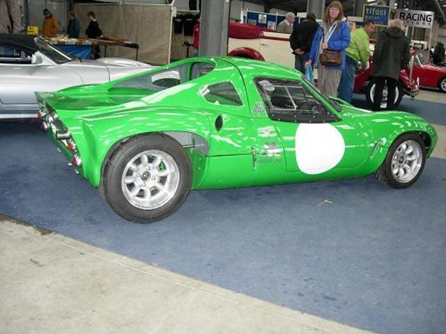 in-line mid-engine kit car?